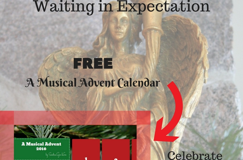 Advent with calendar pin
