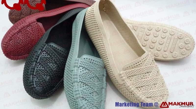 Sepatu QQ 1415 Tersedia Di toko sandal Makmur Bandung