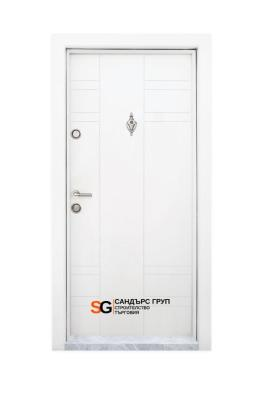 Блиндирана входна врата модел T-598 Бяла