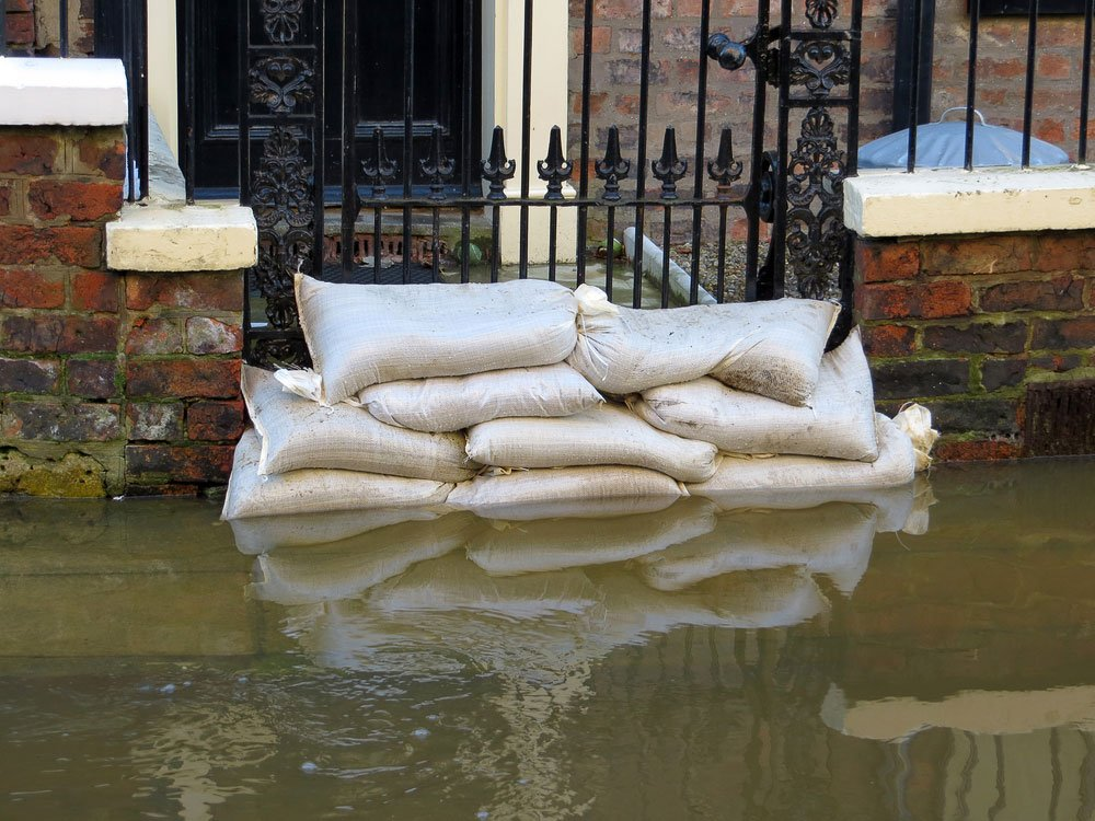 Sandbag flooding web