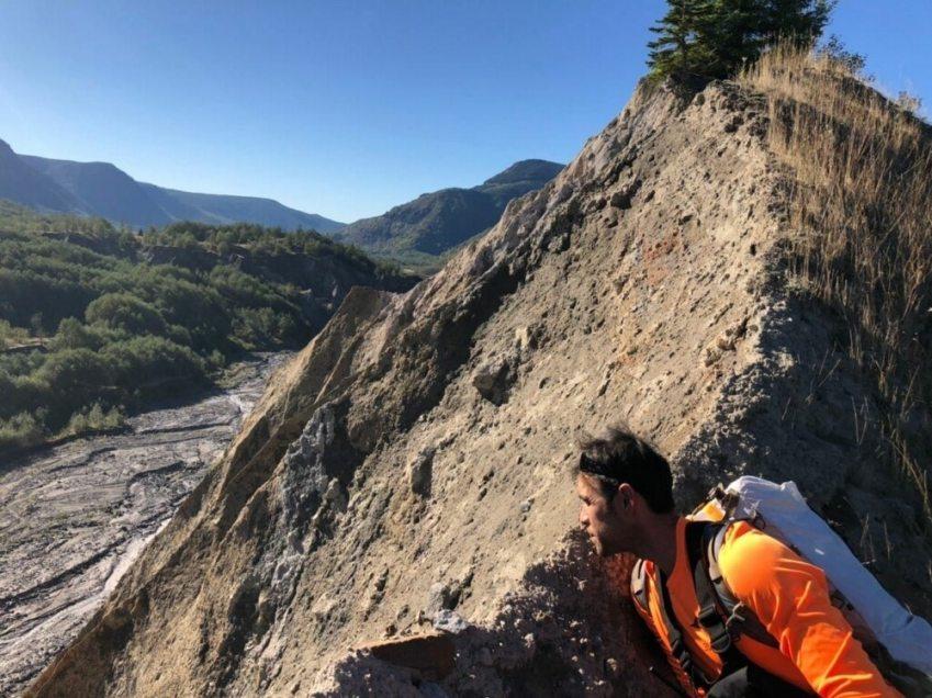 Air Force save hiker