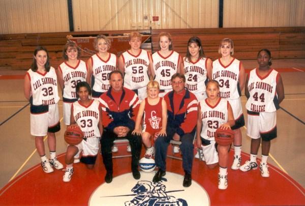 1999-00 Women's Basketball Team