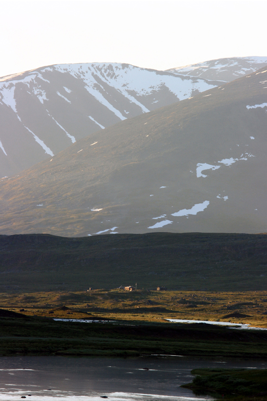 Kungsleden trail with mountain hut.