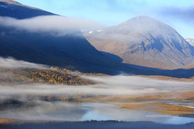 Autumn fog in the Rapadalen valley in Sarek.