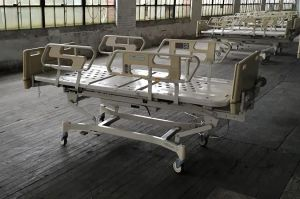 1 Advance Series Hospital bed for Sale