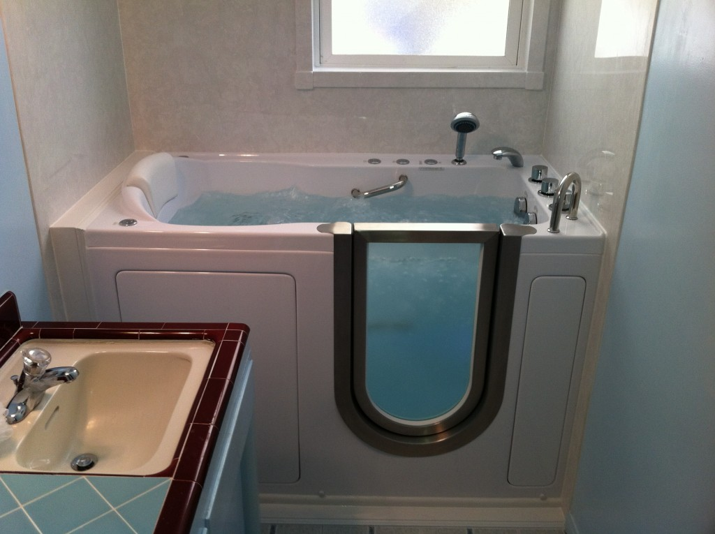 Walk In Tubs Design Amp Prices San Diego Walk In Tubs