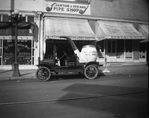Sartor & Spears, 306 C Street, in 1915.
