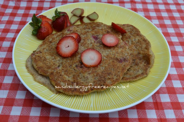 Strawberry Rhubarb Pancakes