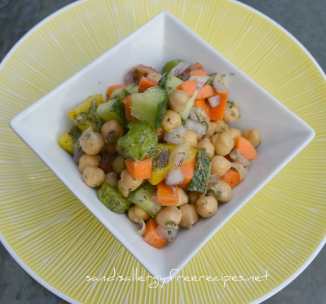 Lemon Dill Chickpea Veggie Salad