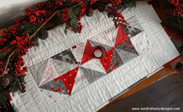Sandra Healy Designs Seasonal Snippets Christmas table runner