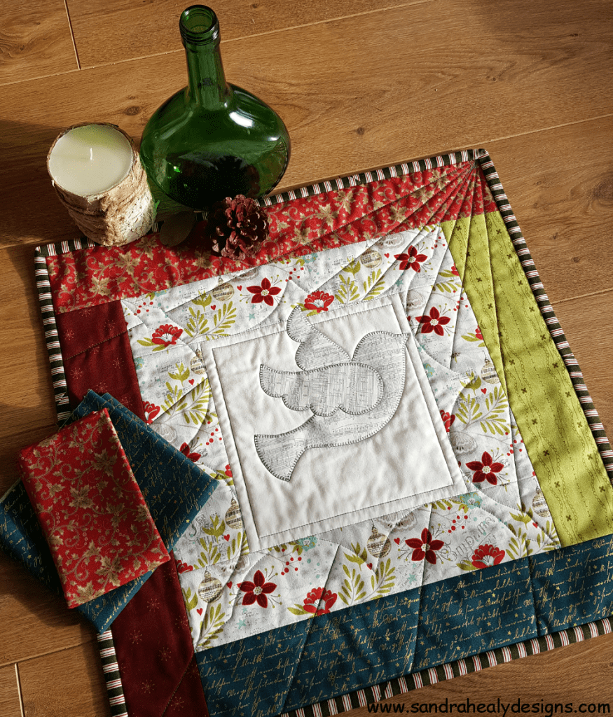 Sandra Healy Designs, Dove Mini Quilt