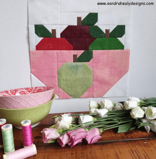 Sandra Healy Designs Bowl of Apples quilt block
