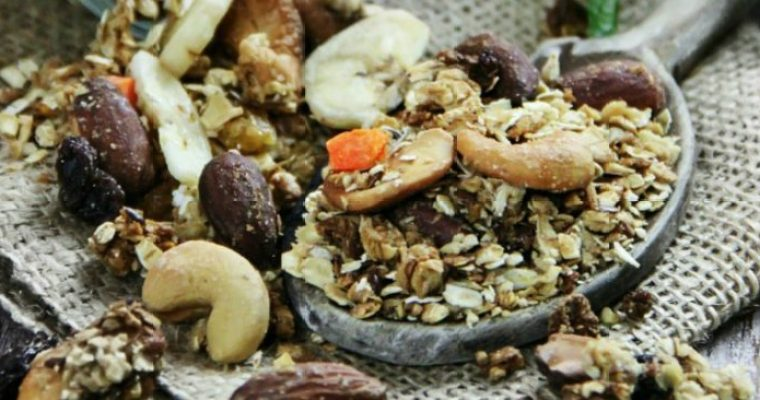 The Best Homemade Toasted Granola
