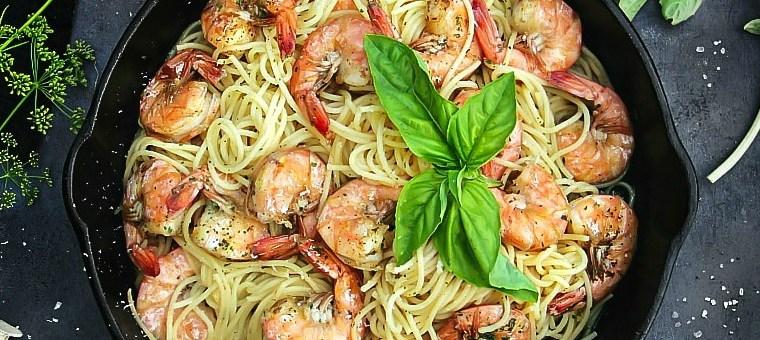 Spaghetti Aglio e Olio with Shrimps