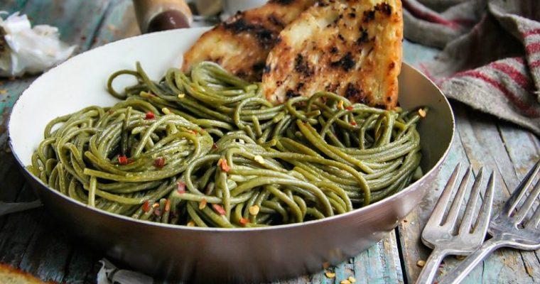 Olive Oil-Garlic SuperGreens Spaghetti