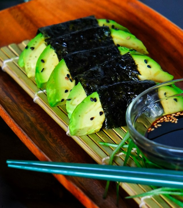 Avocado wrapped with Seaweed