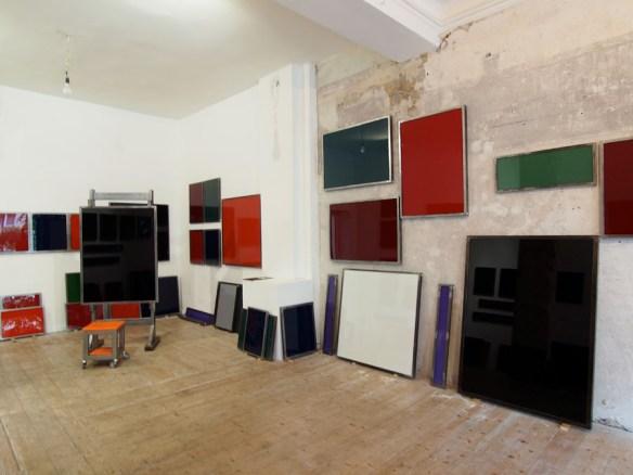 Unvollendete Skulptur für meine Malerfreunde (The Box - Galerie Reimund Jonen, Düsseldorf) (7)