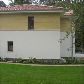 "Sandstone facade cladding with joint pattern on a family home design ""Königstein"""