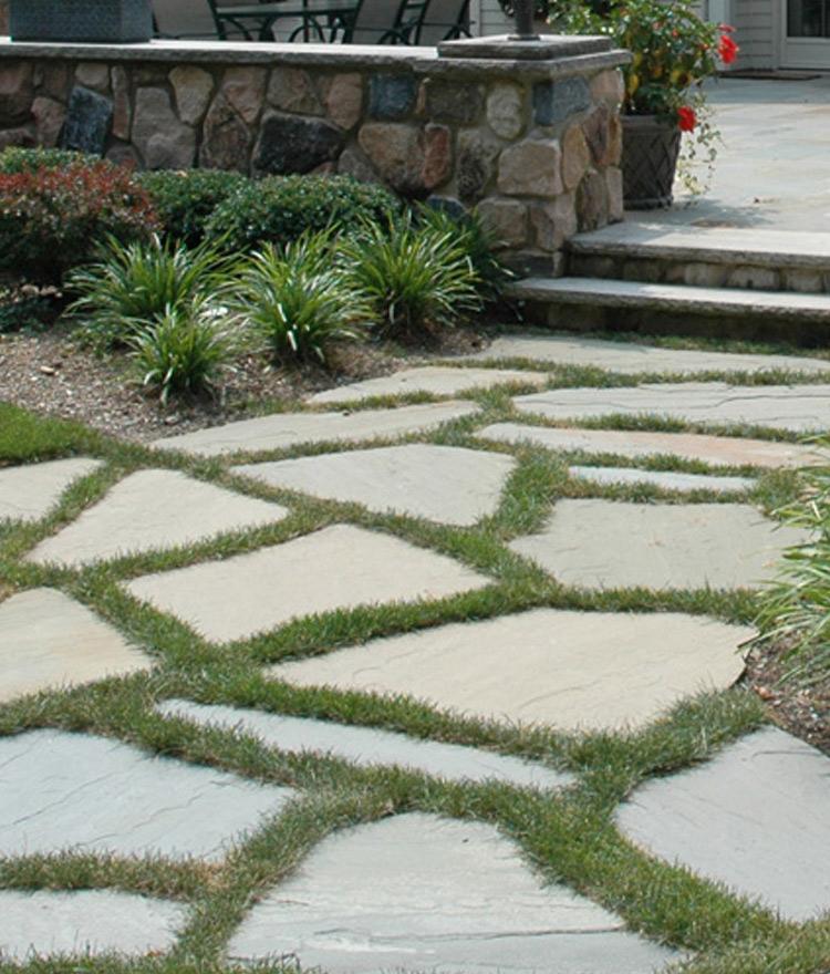 irregular bluestone patio pavers