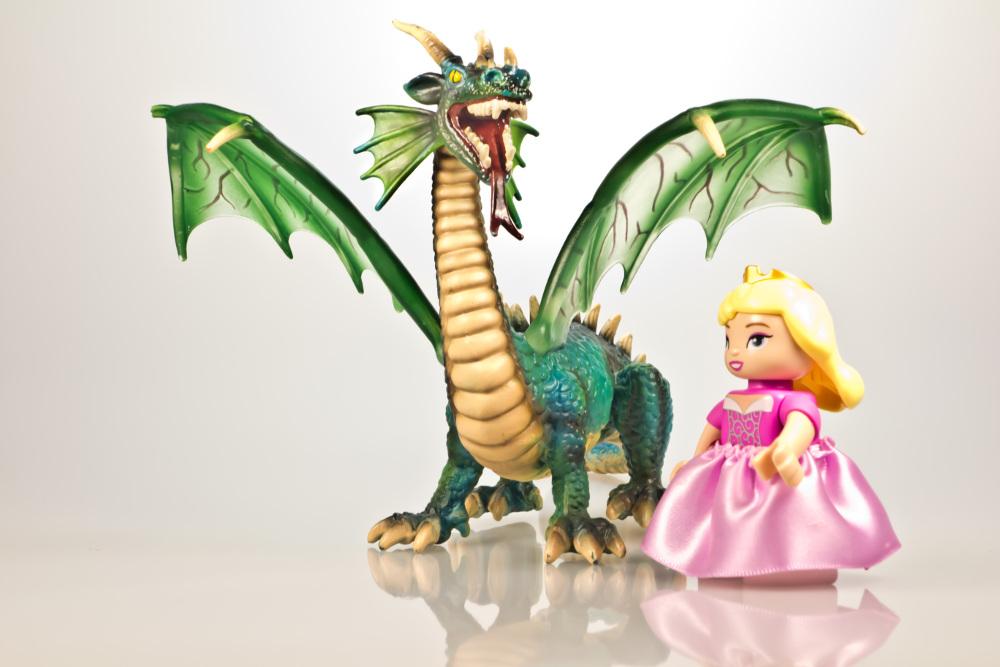 toy-dragon-princess