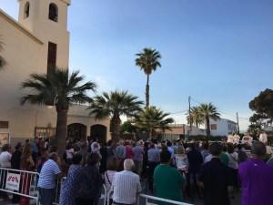 Parroquia El Altet - El Pueblo Reunido Ante El Altar