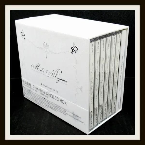 中山美穂 COMPLETE SINGLES BOX (初回限定生産DVD付)