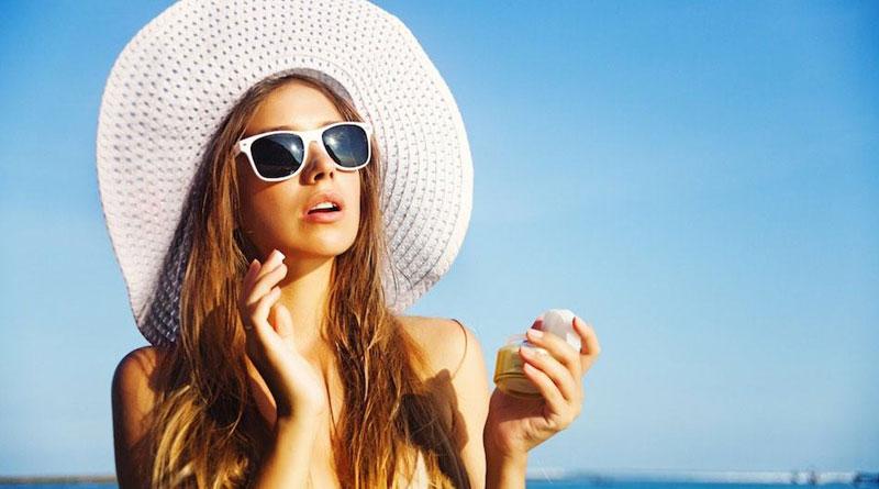 model-sunscreen_web