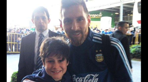 Lionel Messi breaks security cordon, fulfils kid's dream ...