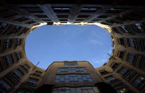 barcelona gaudi arkitektur casa mila