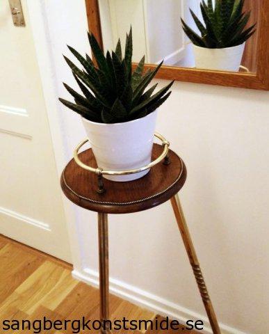 phoca thumb l Piedestal Plant Stand 001