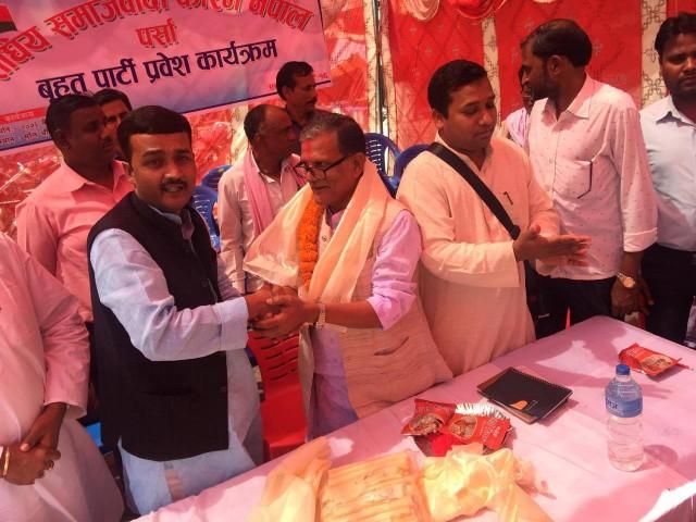 कांग्रेश-एमाले निकट स्थानिय निकायका २५० जना खम्बा नेताहरु फोरम नेपालमा प्रवेश , कांग्रेश एमाले पार्टी मधेशी बिरोधि भएको आरोप