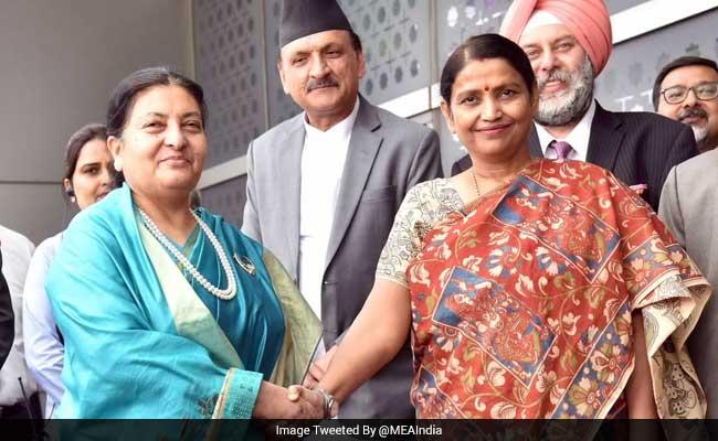 भारतका सबै भन्दा कनिष्ट मन्त्रिदवारा नेपाली रास्ट्रपतिको स्वागत