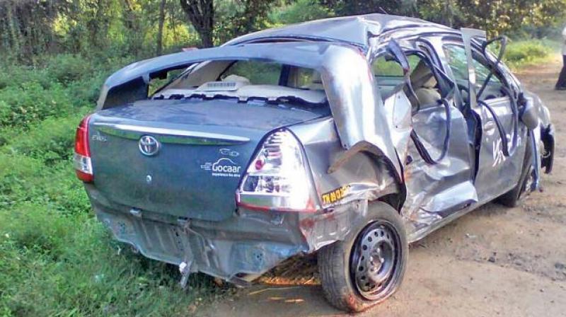 नेपाली कांग्रेसका केन्द्रीय सदस्य एंव पूर्वगृहराज्यमन्त्री देवेन्द्रराज कण्डेलको गाडी दुर्घटनाग्रस्त