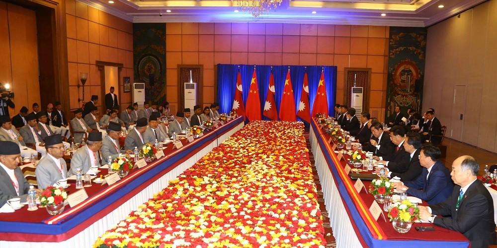 चिनियाँ राष्ट्रपति सी र प्रधानमन्त्री ओलीको उपस्थितिमा १७ वटा सम्झौतामा हस्ताक्षर