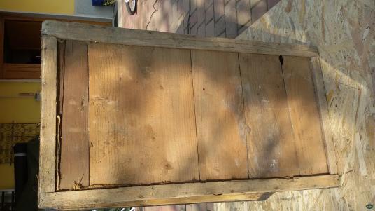 baule in legno e ferro con chiusura