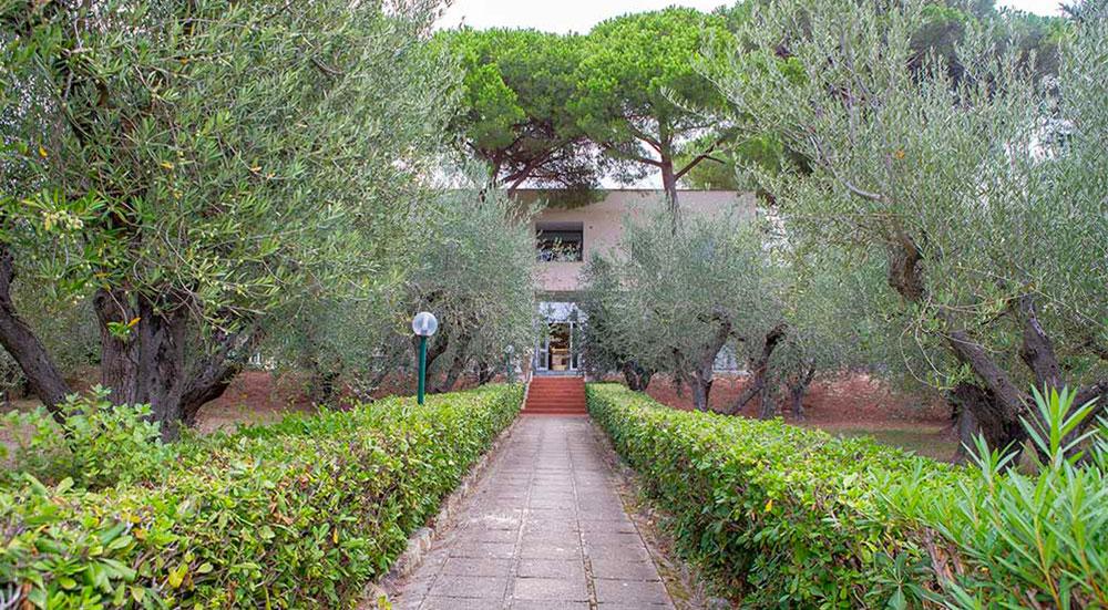 ingresso esterno casa San Giuseppe