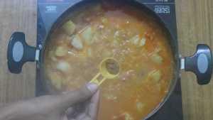 Potato gravy -garam masala