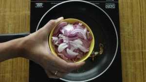 Ghee rice -onions