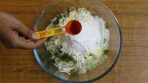 Cabbage pakoda -chilli powder