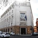 """Covid, il Vademecum del Ministero: cosa si intende per """"contatto stretto""""?"""