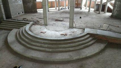 budowa_wylane_schody_prezbiterium2018_04