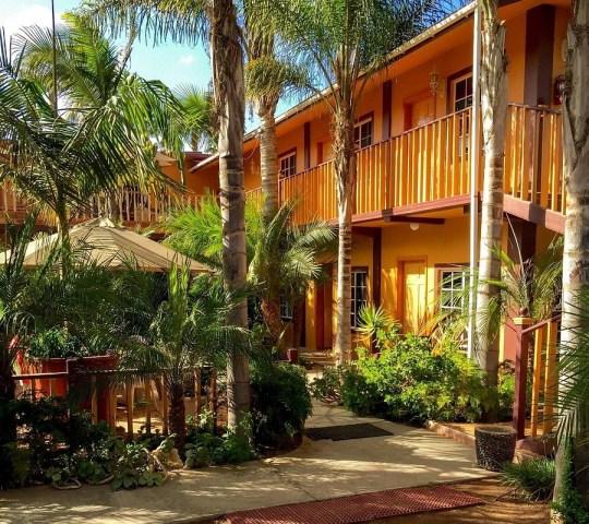 Hotel Jardines Baja