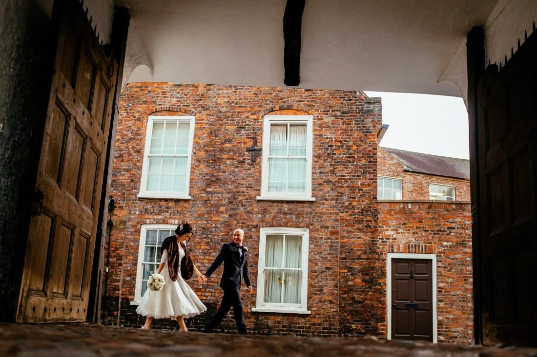 Georgie & steve - Sansom photography Grays Court York Wedding-45