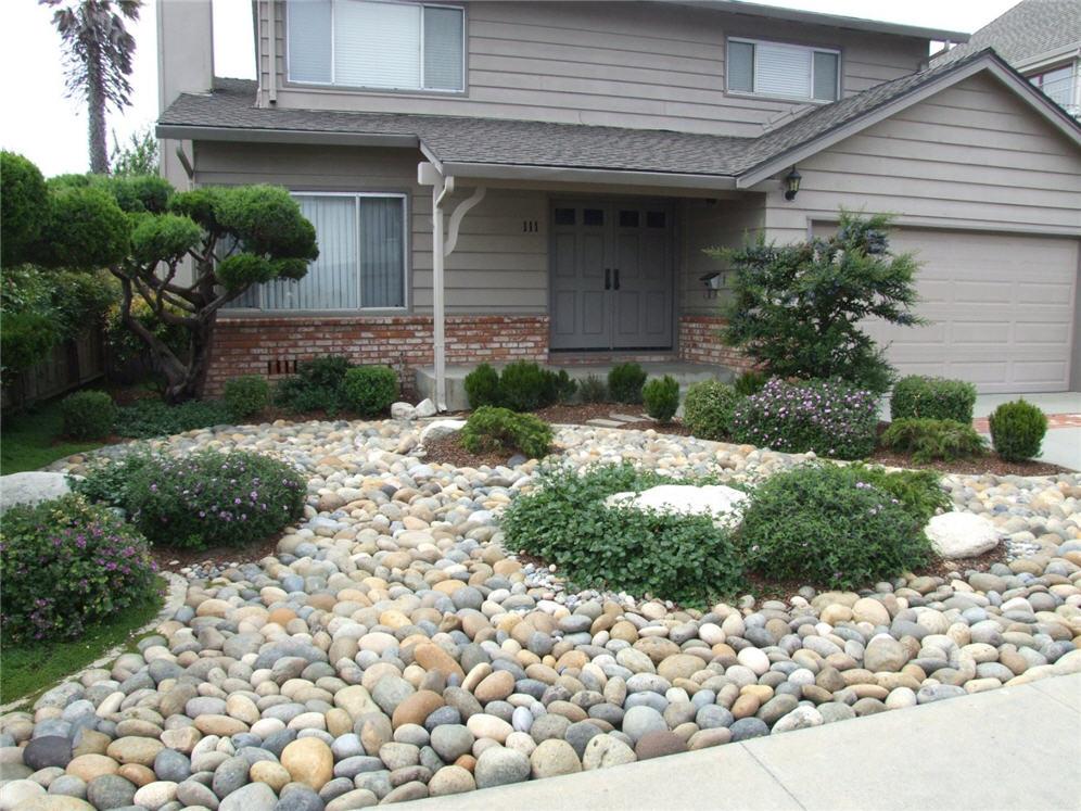 Smooth Pebble Garden on Pebble Yard Ideas id=80335