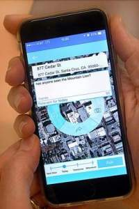The Vioozer app is demonstrated using the recent mountain lion sighting in downtown Santa Cruz as an example. Vioozer is working to get more mobile anonymous tips using the Vioozer app. (Dan Coyro -- Santa Cruz Sentinel)
