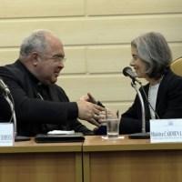 """Ministra Cármem Lúcia apresenta programa """"Brasil pela paz"""""""