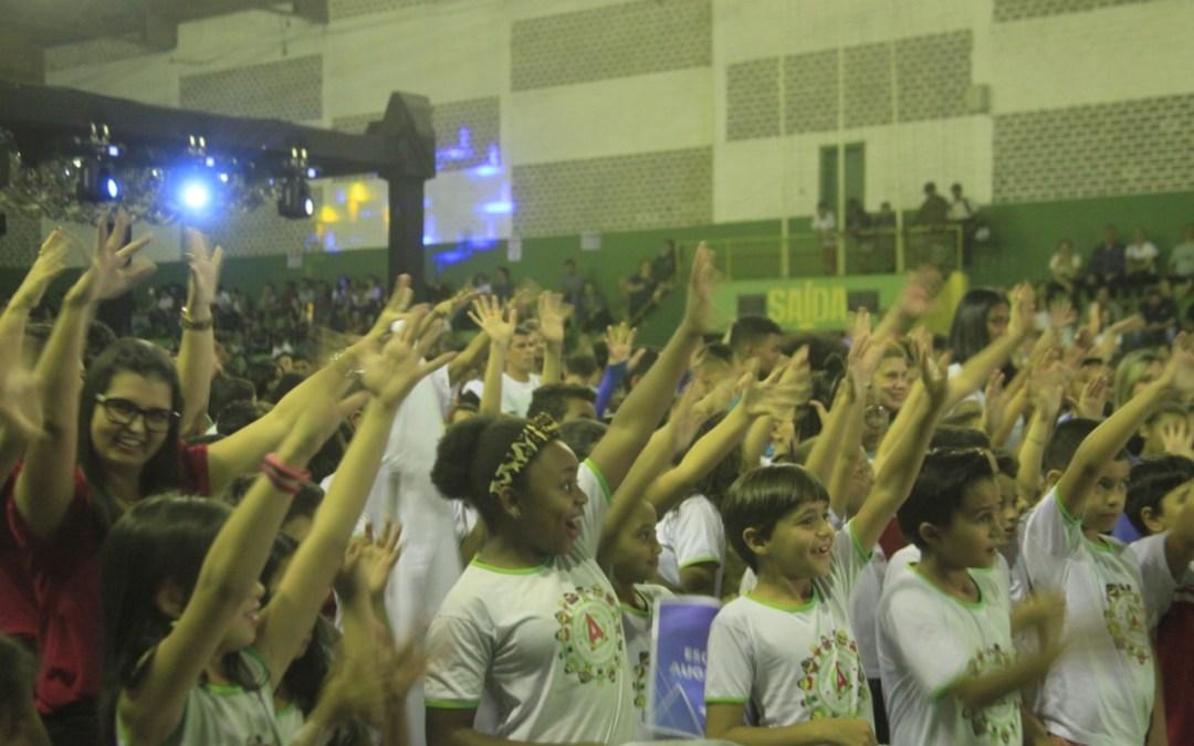 Jogos Escolares de Itaúna são abertos em noite de festa