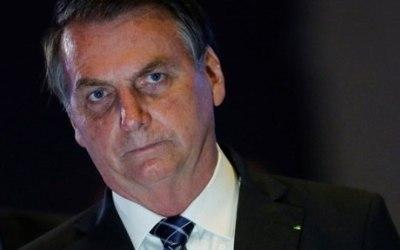 Bolsonaro diz que pode estar com câncer de pele