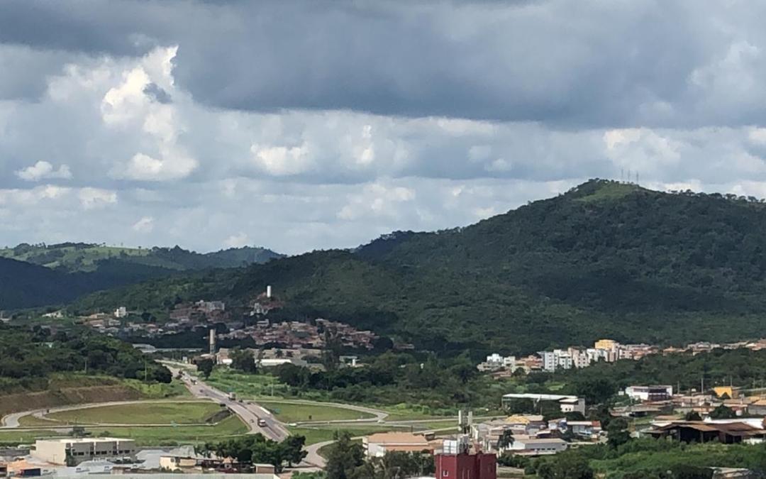 Itaúna e região têm previsão de pancadas de chuva com chegada da frente fria
