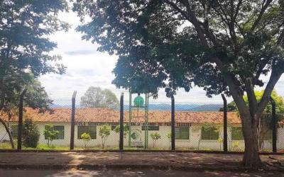 Aulas da rede municipal de Itaúna estão suspensas por tempo indeterminado